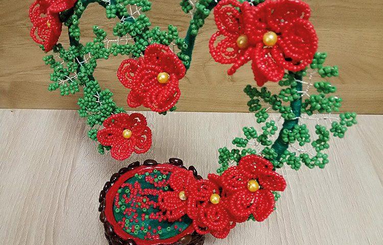 Flori din margele
